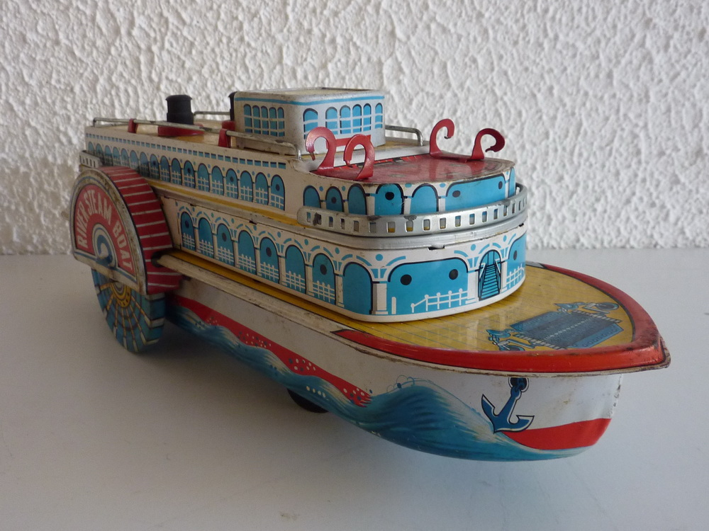 Japanese Toy Companies : Tin toy mississippi river steam boat made in japan battery